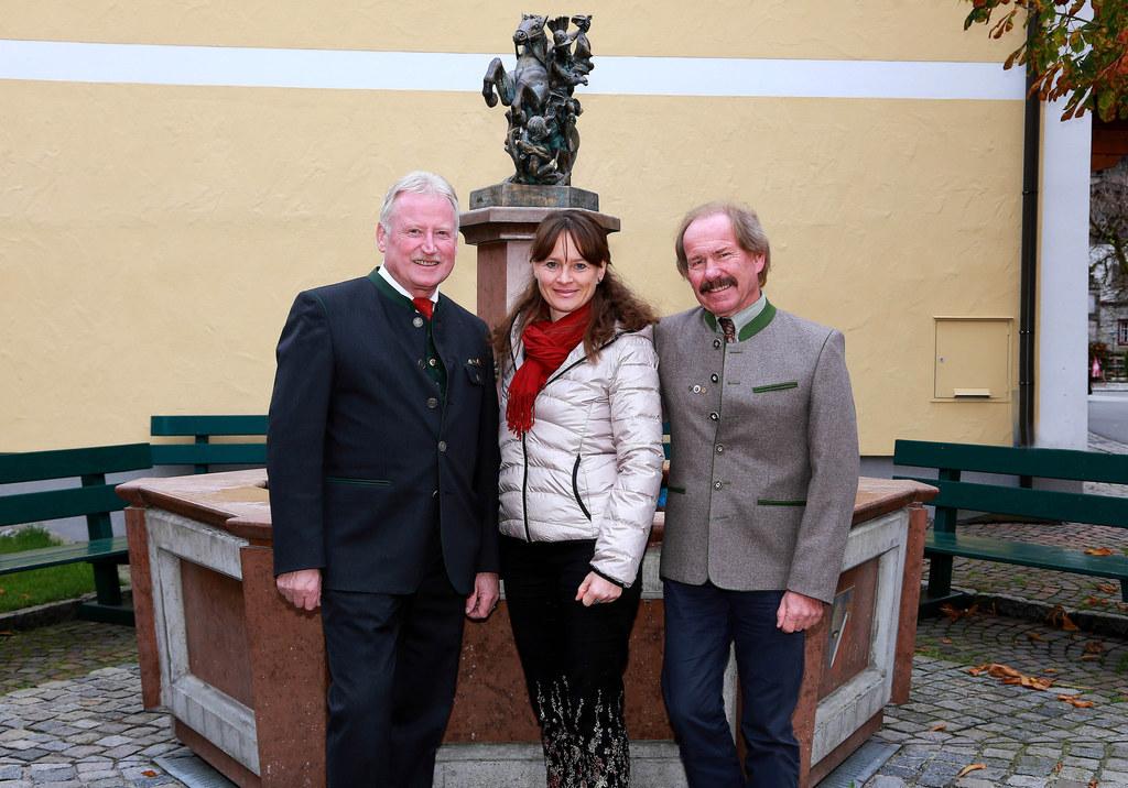 Bgm. Josef Leitinger, Landesrätin Martina Berthold und Rudolf Schmiderer (Bildun..