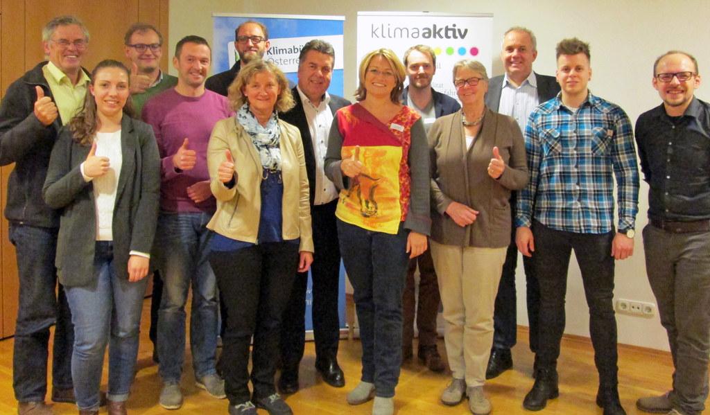 Kommunale MobilitätsberaterInnen ausgebildet und von Landesrat Hans Mayr ausgeze..