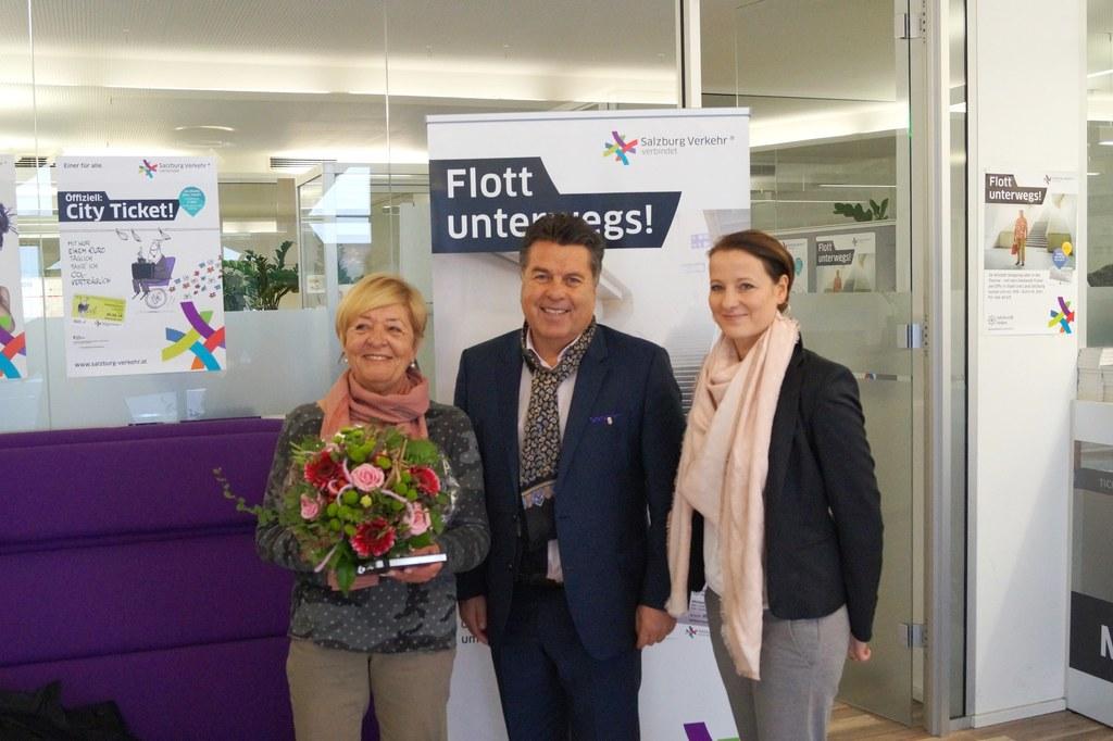 (v.l.n.r.): Frieda Angerer, LR Hans Mayr, SVV-Geschäftsführerin Allegra Frommer.