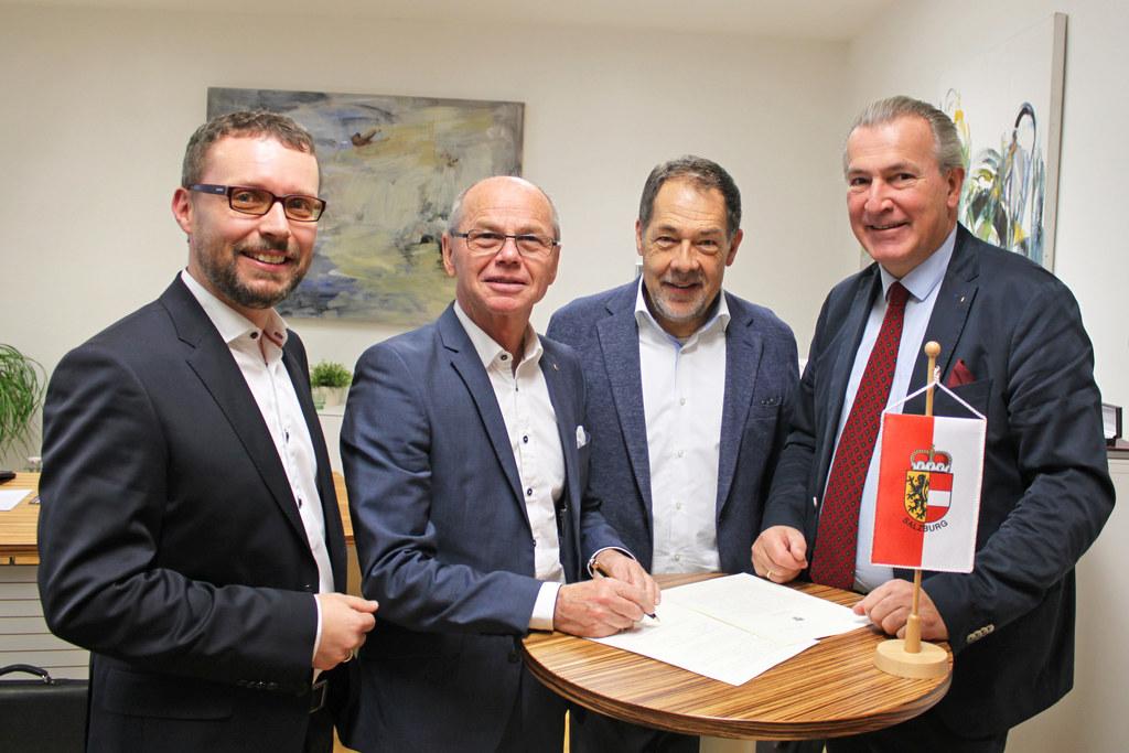 Reinhard Baumgartinger (Geschäftsführung), LH-Stv. Christian Stöckl, Gerald Heit..