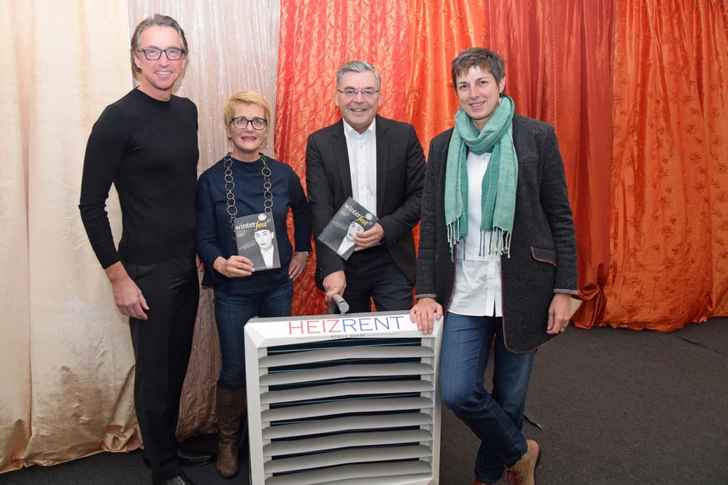 Leonhard Schitter (Vorstandssprecher Salzburg AG), Susanne Tiefenbacher (Geschäf..