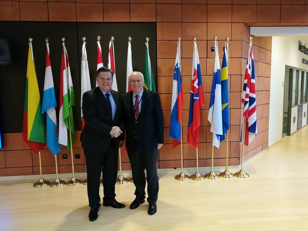 Gespräch zur Reform des Wahlgesetzes von Bosnien und Herzegowina (BIH), v.l. Jos..