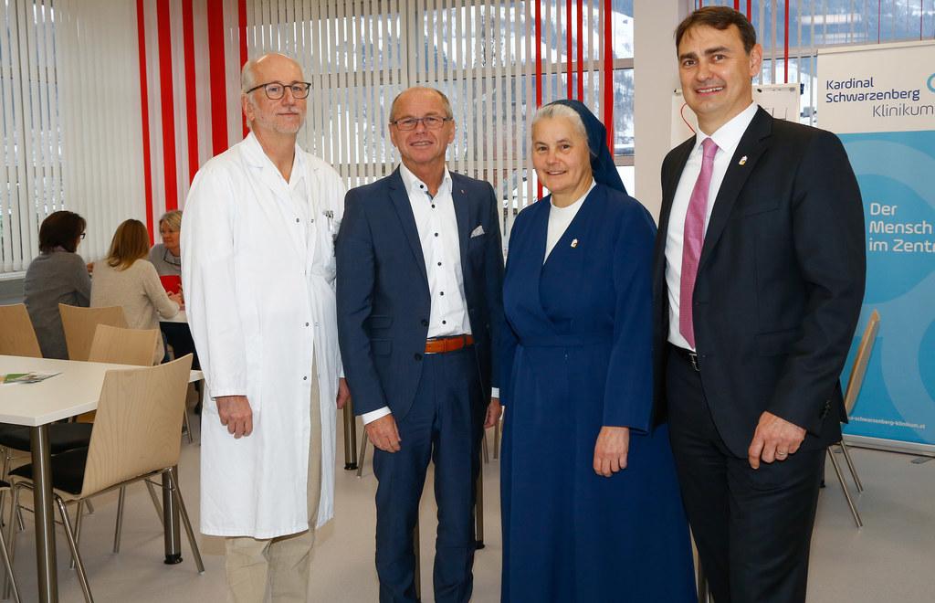 Primar Marc Keglevic, LH-Stv. Christian Stöckl, Katharina Laner (Klinikum-Geschä..