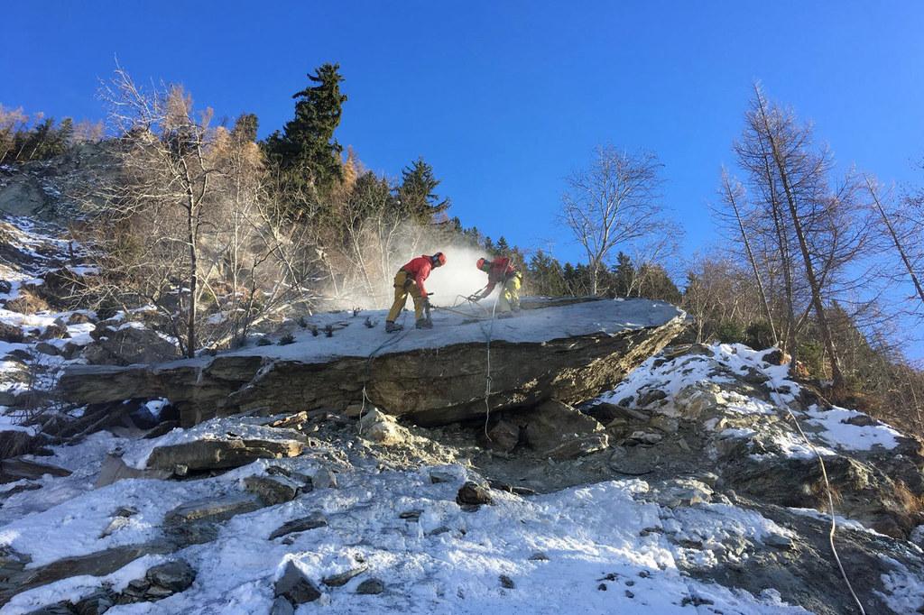 Auf dem Ingelsberg bei Bad Hofgastein wurden die Sicherungsarbeiten nach dem Fel..