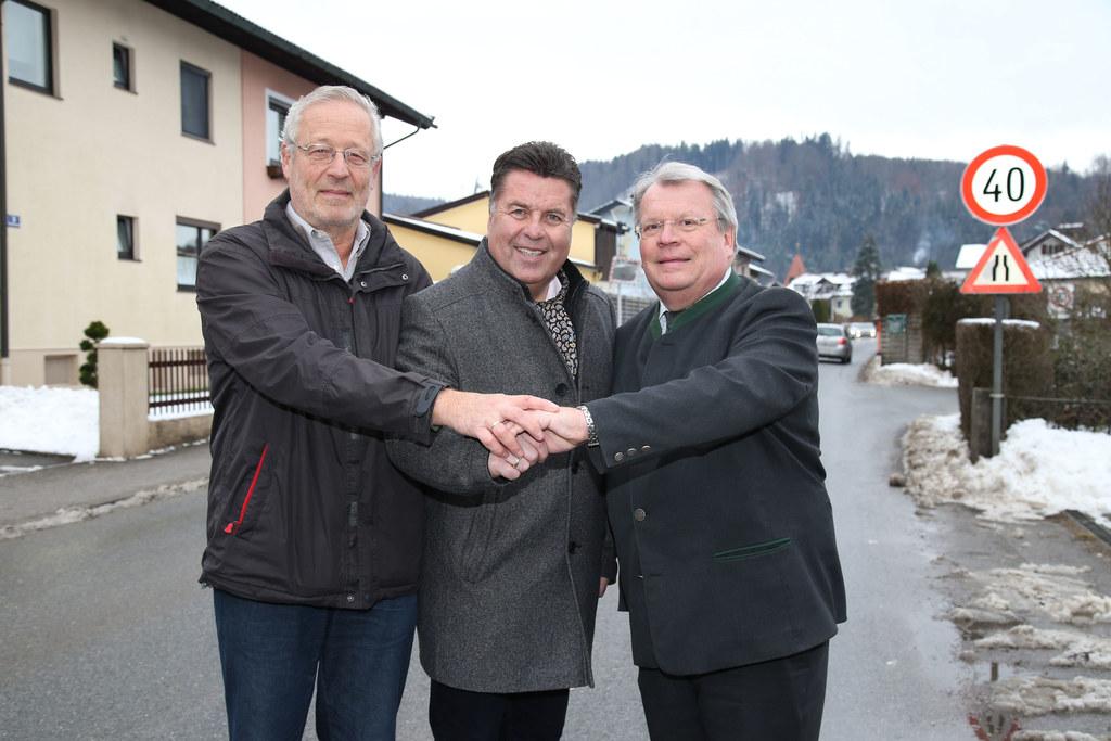Wolfgang Sonntagbauer, Verkehrsplattform Grödig, LR Hans Mayr und Bgm. Richard H..
