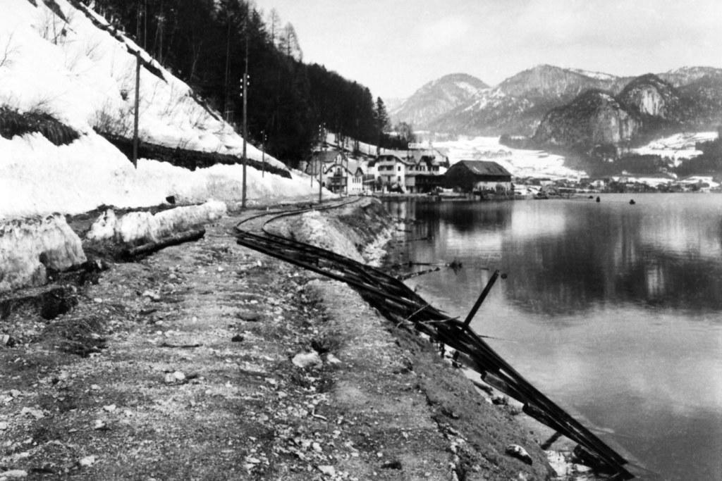Der gewaltige Felssturz 1907 bei Lueg spülte auch die Gleise der Ischlerbahn in ..
