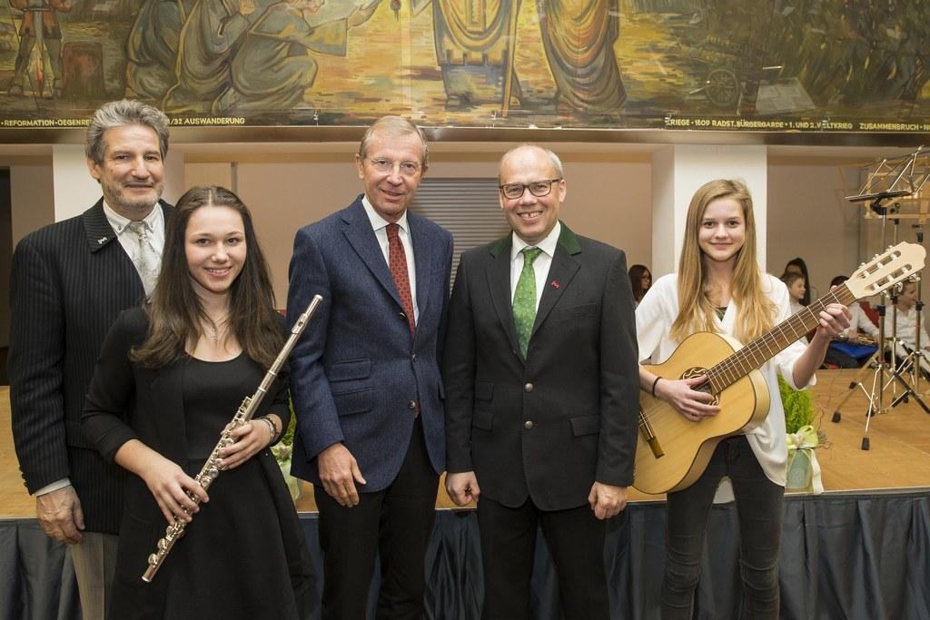 Michael Seywald, Magdalena Hofer-Rettenwender, Landeshauptmann Wilfried Haslauer..