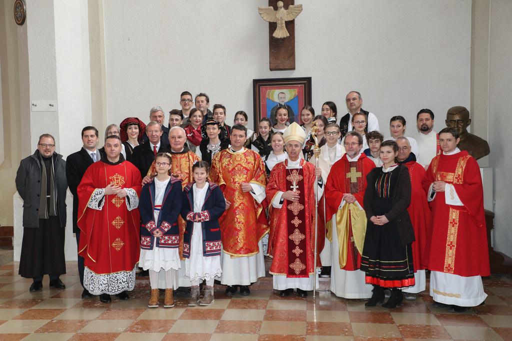Weihbischof Hansjörg Hofer, Pater Zlatko Spehar von der Kroatisch-katholischen P..