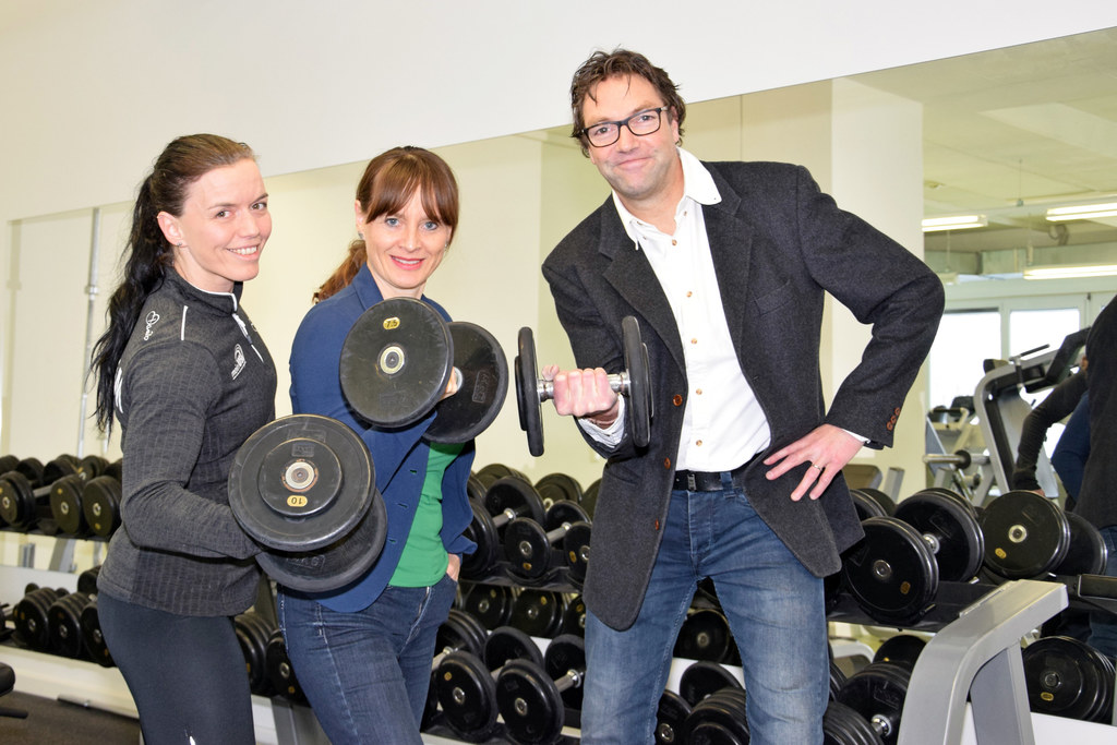 Sonja Jungreitmayr (Studioleitung USI Fitnesszentrum), Landesrätin Martina Berth..