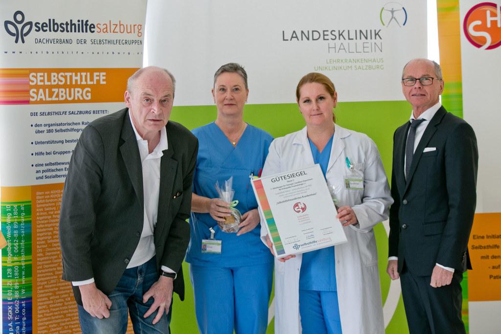 Gesundheitsreferent Landeshauptmann-Stellvertreter Christian Stöckl (re.) bei de..