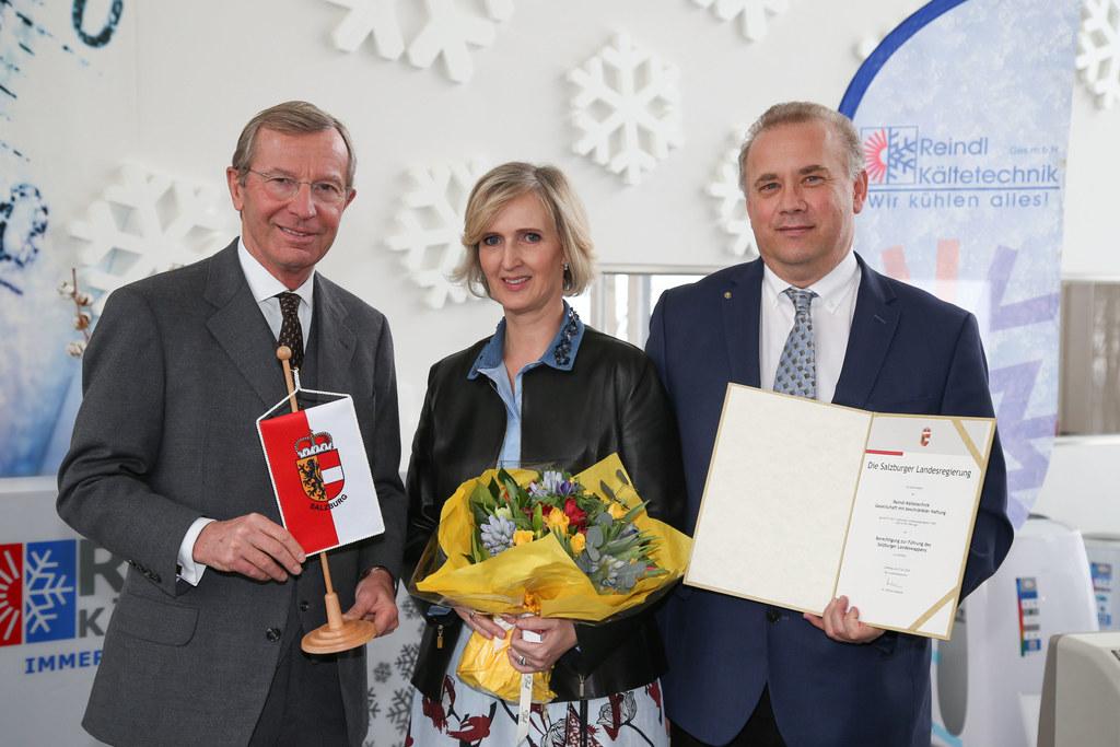 Landeshauptmann Wilfried Haslauer, Petra Reindl (GF) und Wolfgang Reindl (GF und..