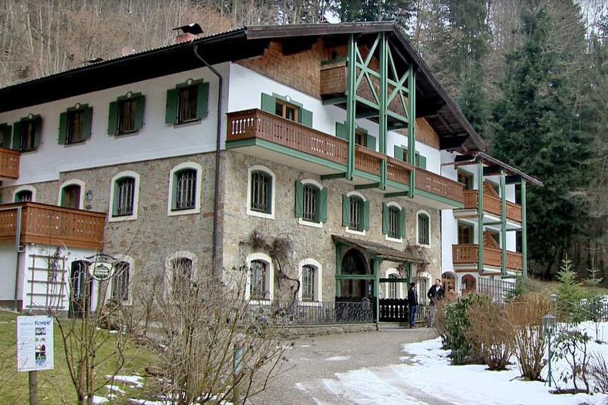 Hotel im Wald Hammerschmiede in Anthering