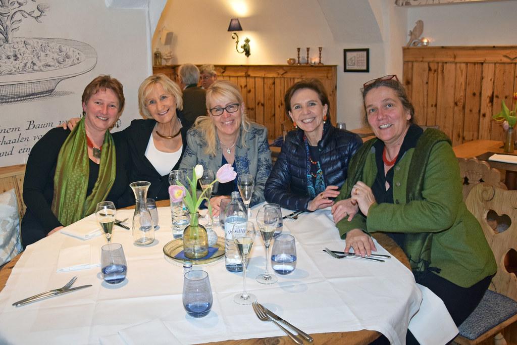 Salzburgs Bürgermeisterinnen im Austausch mit Landesrätin Brigitta Pallauf, v.l...