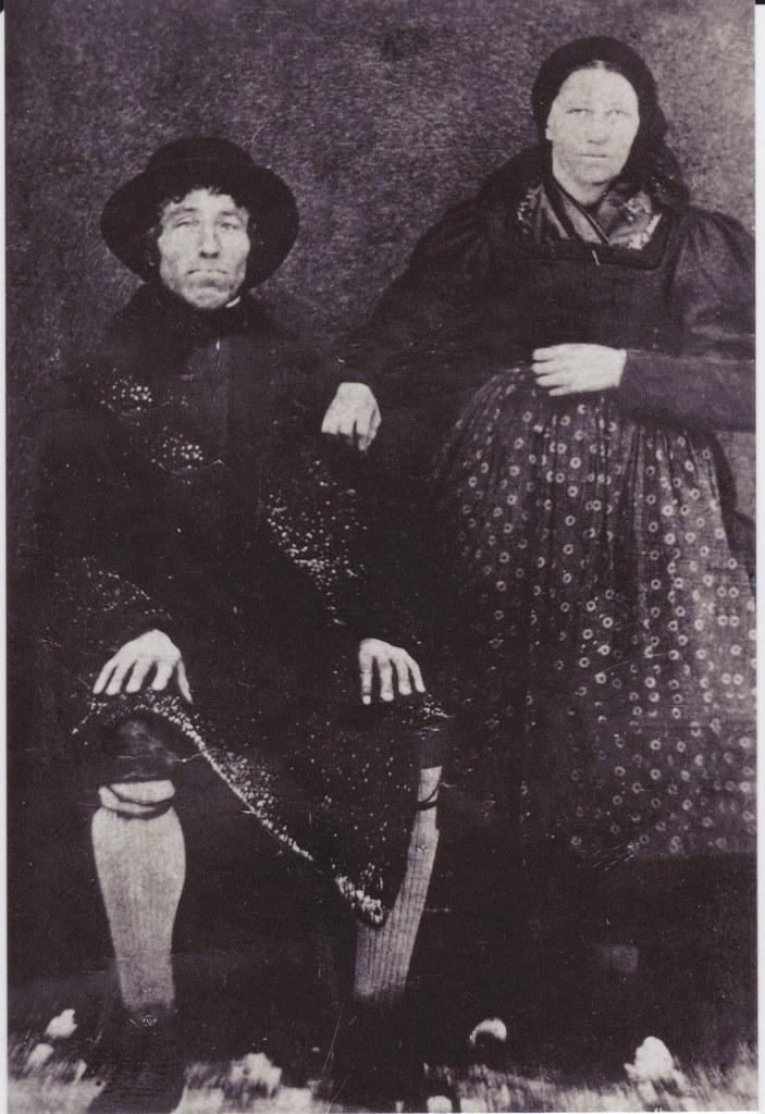Florian Rohrmoser aus Großarl mit seiner zweiten Frau. Mit ihr hatte er acht Kin..