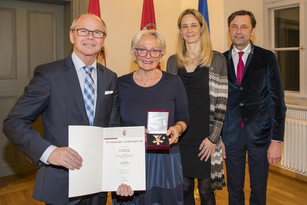 LH-Stv. Christian Stöckl mit Maria Haidinger, LAbg. Kimbie Humer-Vogl und LAbg. ..