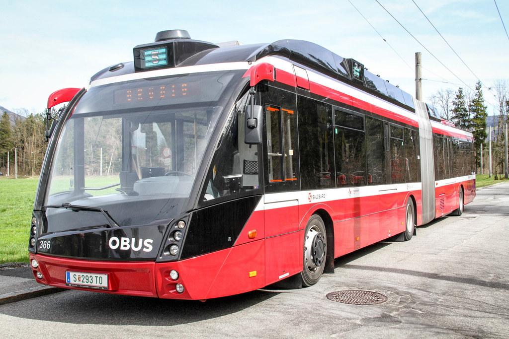 Weniger Fahrgäste - weniger Busse. Ab Mittwoch gilt im Zentralraum der Samstags-und bei der Lokalbahn der Sonntags-Fahrplan.