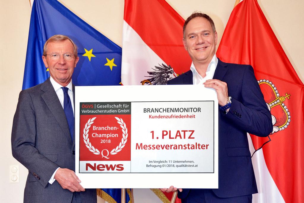 1. Platz!: LH Wilfried Haslauer und GF Michael Wagner vom Messezentrum.