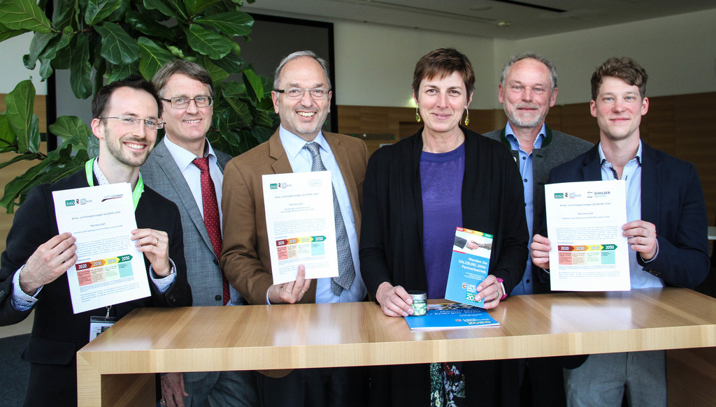 LH-Stv. Astrid Rössler im W&H Dentalwerk in Bürmoos, wo die Partnerschaften unte..