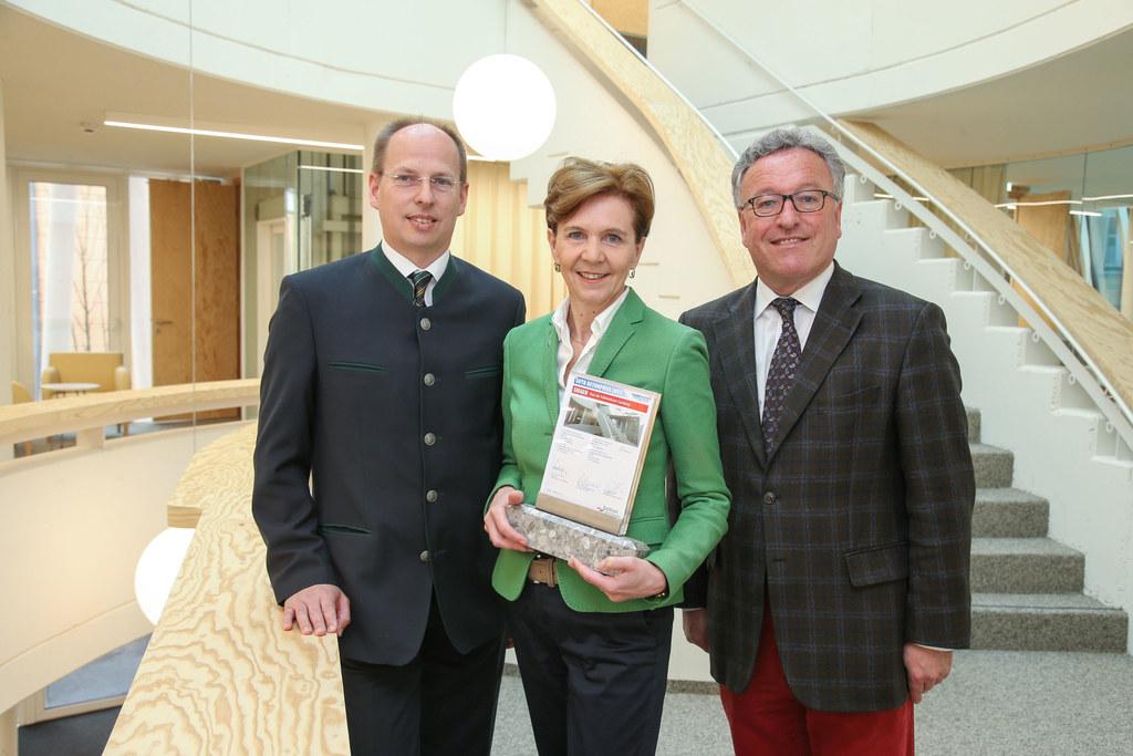 Betonpreis für das Haus der Volkskulturen, im Bild: Christoph Ressler (Geschäfts..