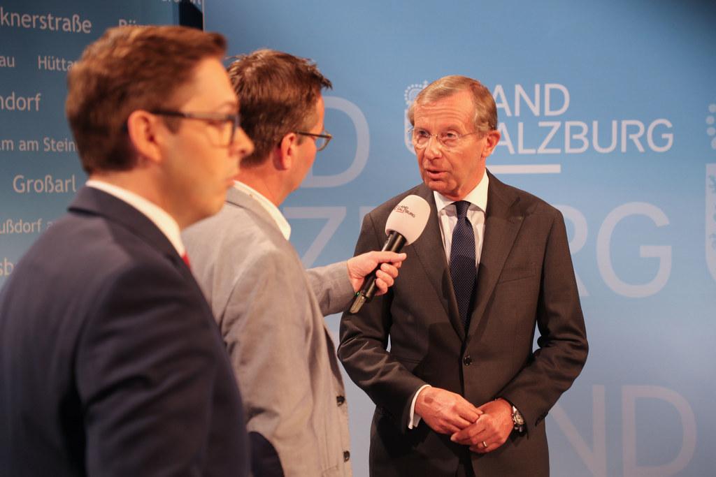 Wahlstudio Land Salzburg, im Bild: Franz Wieser (LMZ), Bernhard Niederhauser (AP..