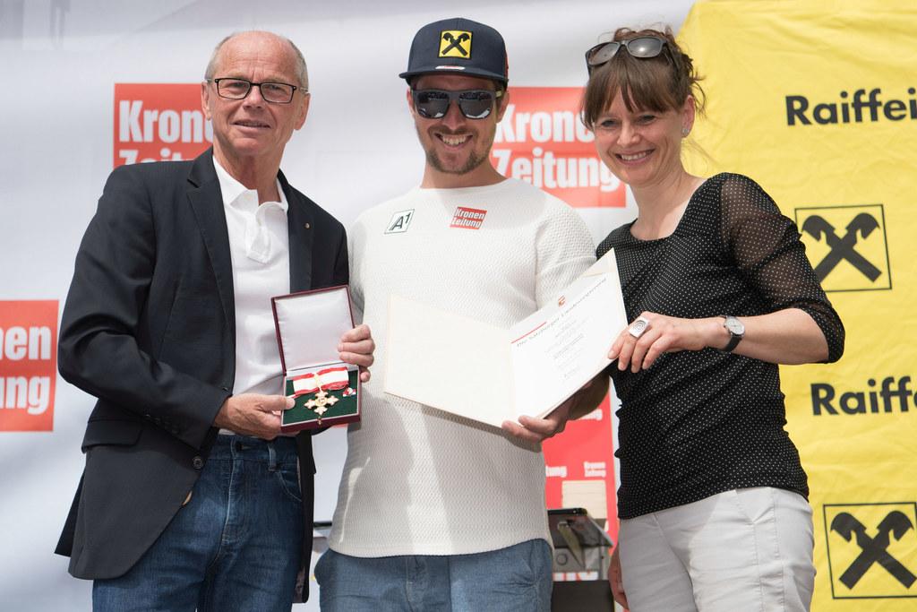 Fest für Skiweltcupgewinner Marcel Hirscher in seiner Heimatgemeinde Annaberg be..