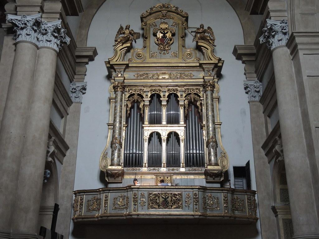 Auf dieser Orgel in der Veroneser Kirche von San Tomaso musizierte Wolfgang Amad..