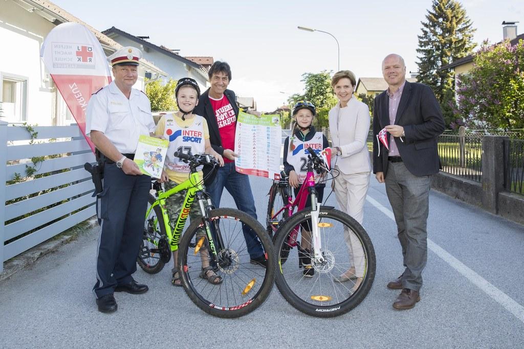 Im Bild von links: Johannes Stöckl, Felix Wintersteller, Gerald Gutschi, Magdale..