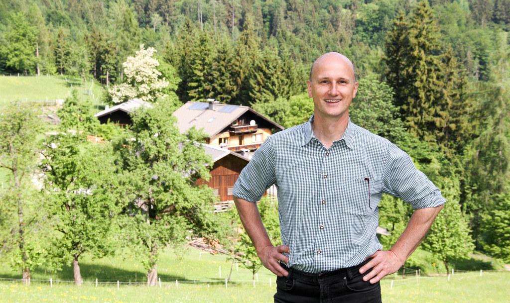 Hubert Stock ist Wolfsbeauftragter des Landes Salzburg. Er sieht seine Rolle als..