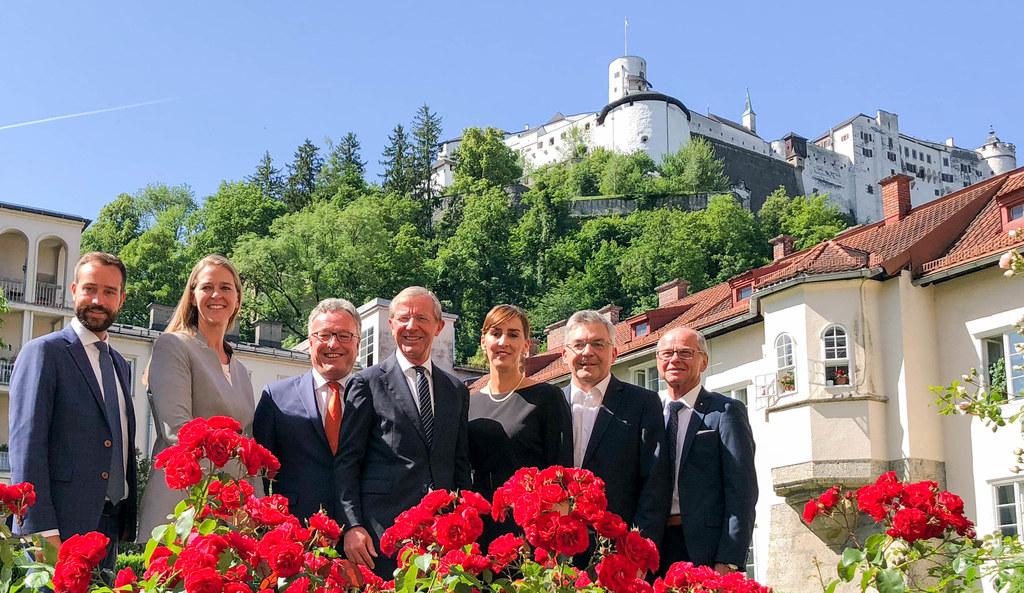 Koalitionsvertrags-Unterzeichnung, im Bild: Stefan Schnöll, Andrea Klambauer, He..