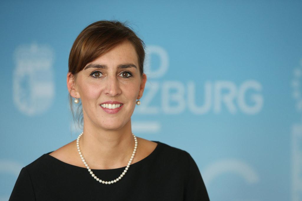 LR Maria Hutter: Heuer wurde es den Standorten noch selbst überlassen, ob sie He..