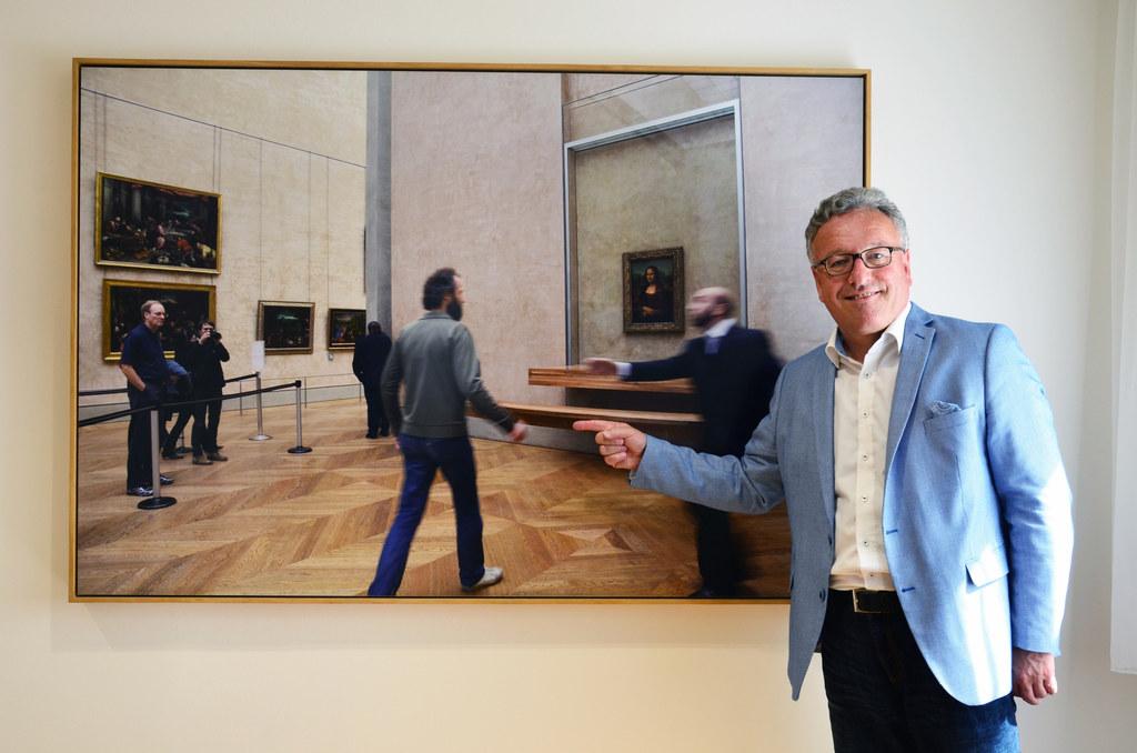 Auch im Büro von Landesrat Heinrich Schellhorn hängen  Werke von Salzburger Küns..