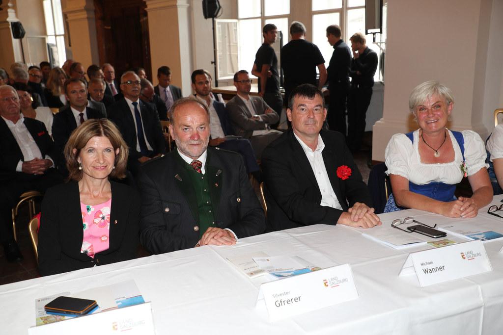 Andrea Eder-Gitschthaler, Silvester Gfrerer (beide ÖVP), Michael Wanner (SPÖ) un..