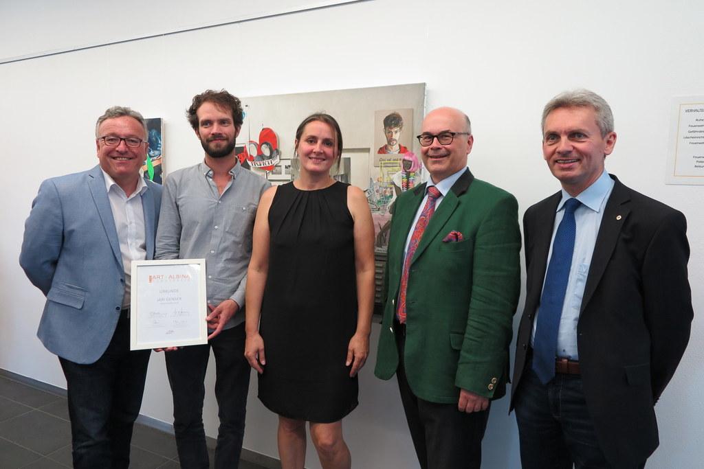 Landeshauptmann-Stellvertreter Heinrich Schellhorn bei der Kunstpreisverleihung ..