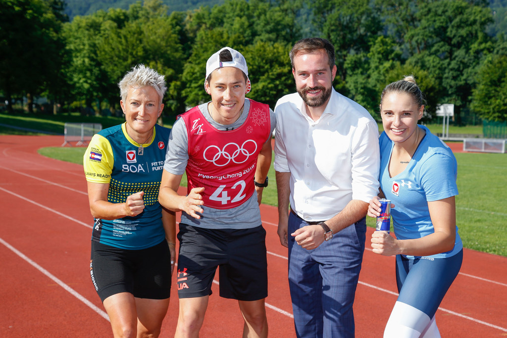 Olympic Day im ULSZ Rif, im Bild: Yvonne Marzinke (Para-Radsport), Mario Seidl (Kombination), Landesrat Stefan Schnöll und Alisa Buchinger (Karate)