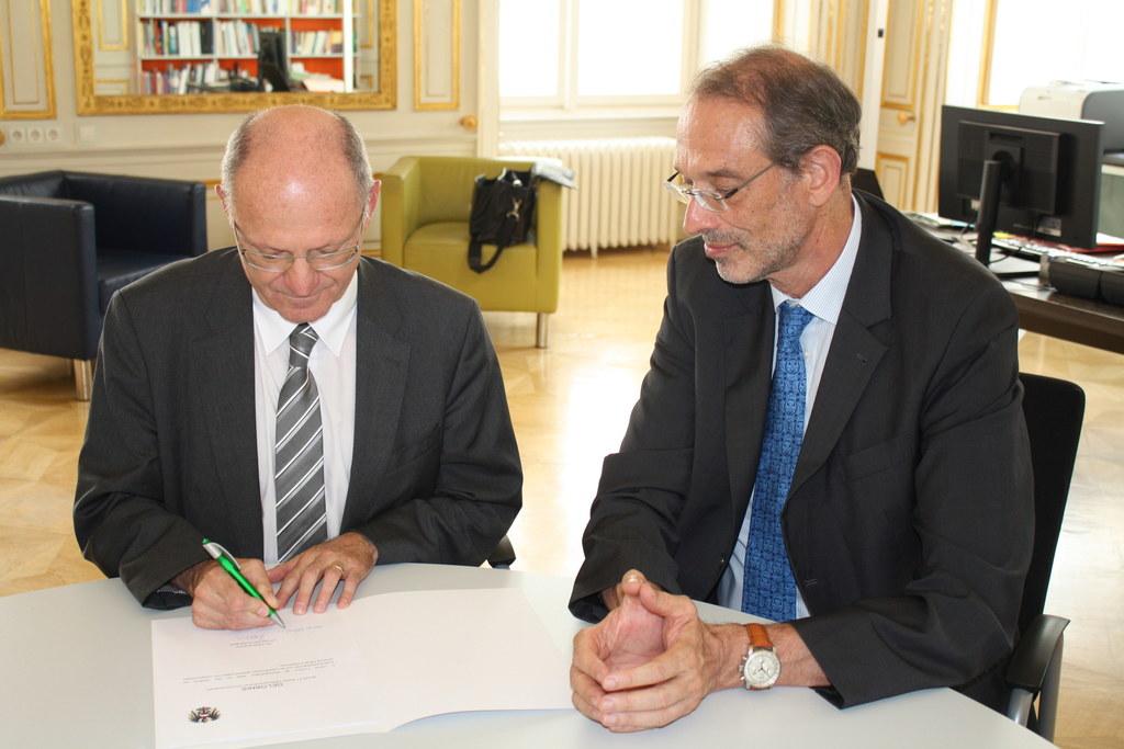 Der neue Salzburger Bildungsdirektor Rudolf Mair bei Bildungsminister Heinz Faßm..