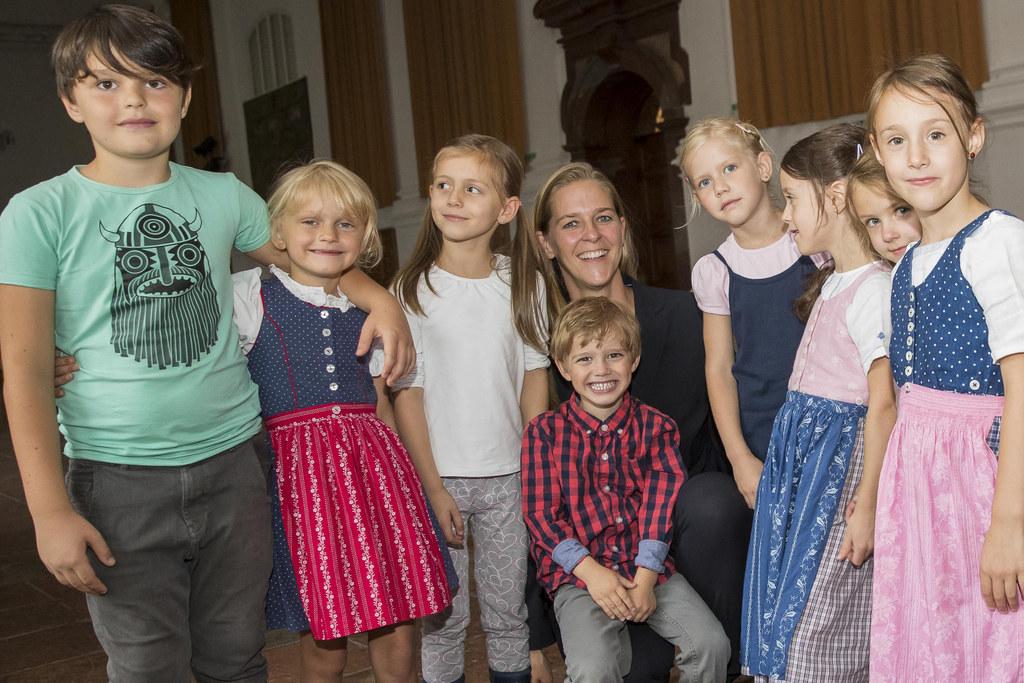 Landesrätin Andrea Klambauer (Bildmitte) will den erfolgreichen Weg des Ausbaus ..