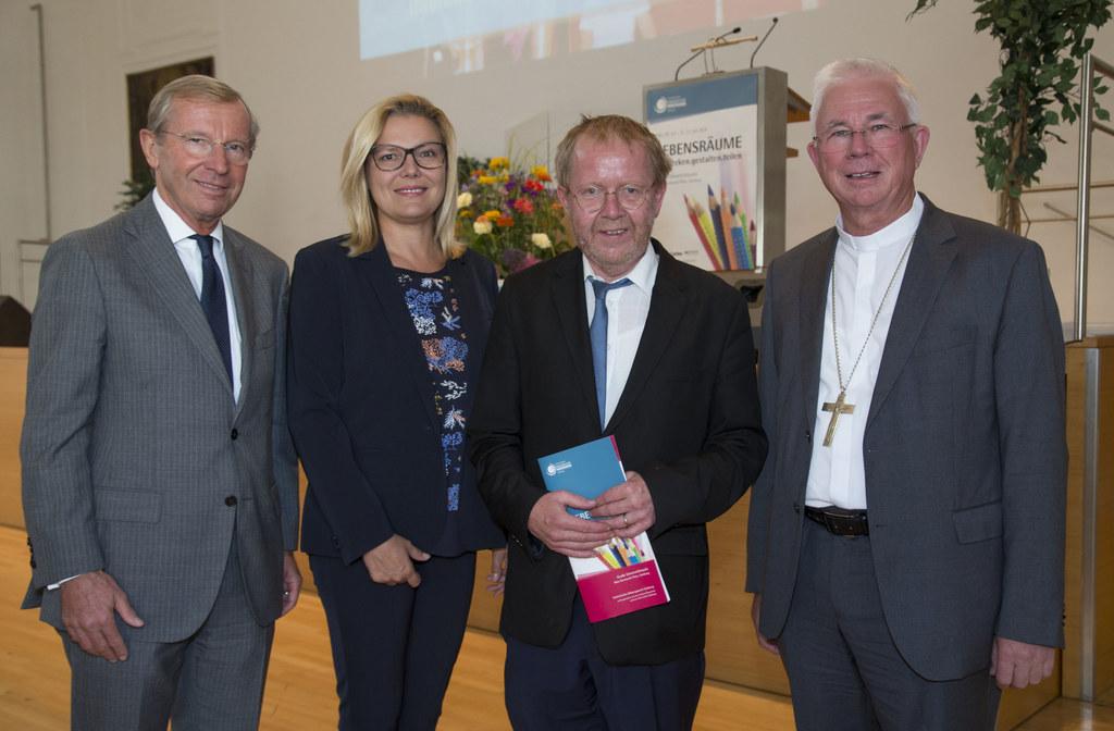 Eröffnungsabend 66. Internationale Pädagogische Werktagung Salzburg, im Bild: LH..