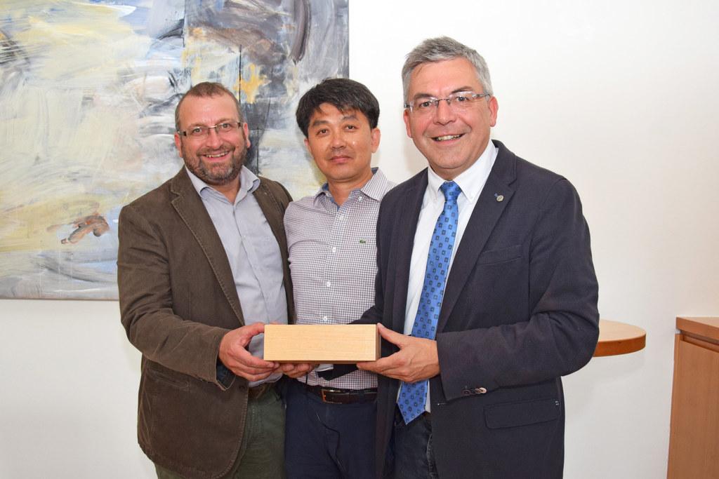 Eine Delegation aus Südkorea informierte sich in Salzburg über Forstwirtschaft, ..
