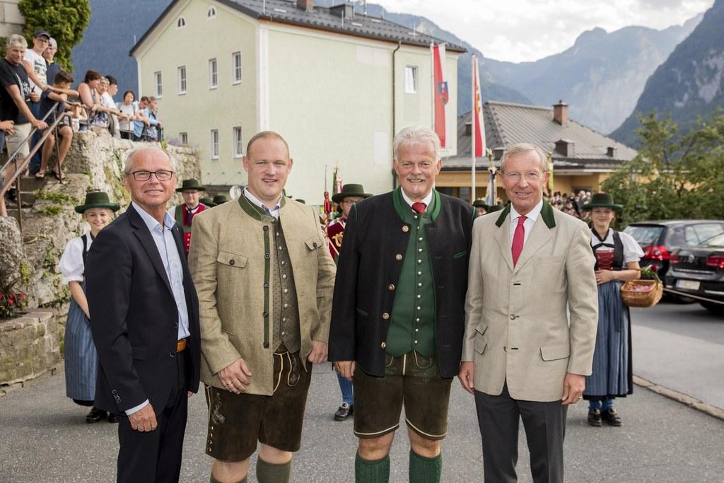 Landeshauptmann-Stellvertreter Christian Stöckl, Bürgermeister Peter Harlander j..