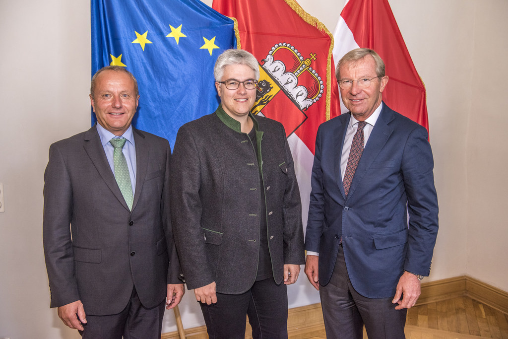 Bürgermeister von Mauterndorf, Herbert Eßl, Vize-Bürgermeisterin Andrea Gürtler ..