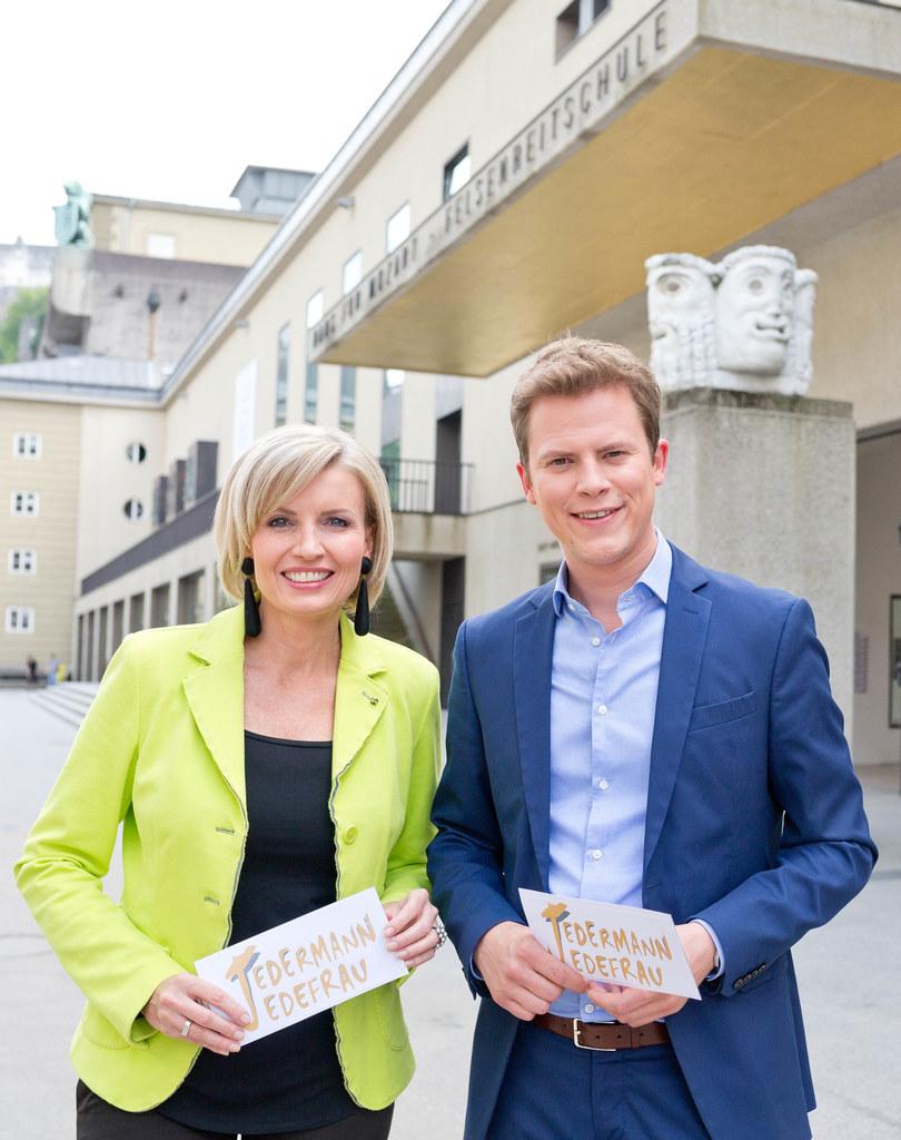 Romy Seidl und Tobias Pötzelsberger bei der Neuauflage des Festspielmagazins