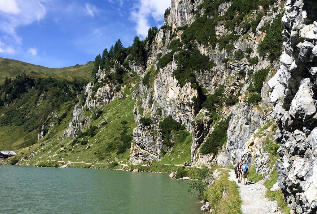 Salzburg ist bei Urlaubern sehr beliebt. In den Tourismusbetrieben des Landes ga..