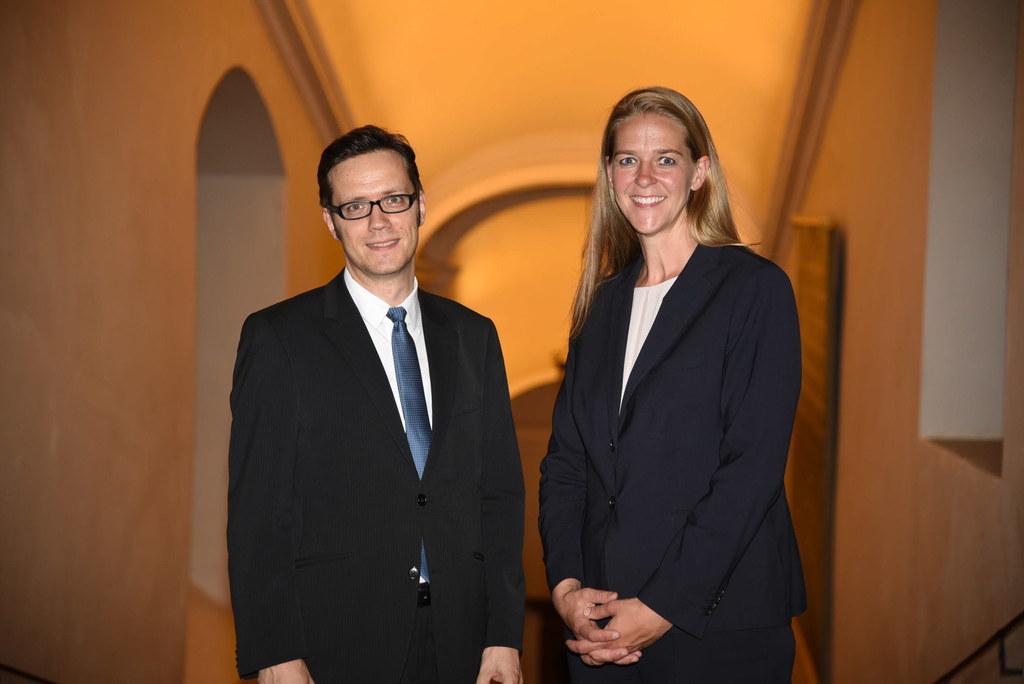 Landesrätin Andrea Klambauer mit Martin Dürnberger, Obmann des Direktoriums der ..
