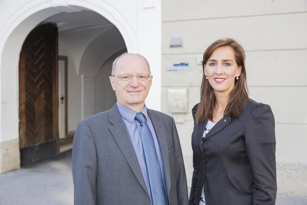 """""""Mit dem Pädagogik-Paket werden Qualität und Transparenz im Schulsystem verbesse.."""