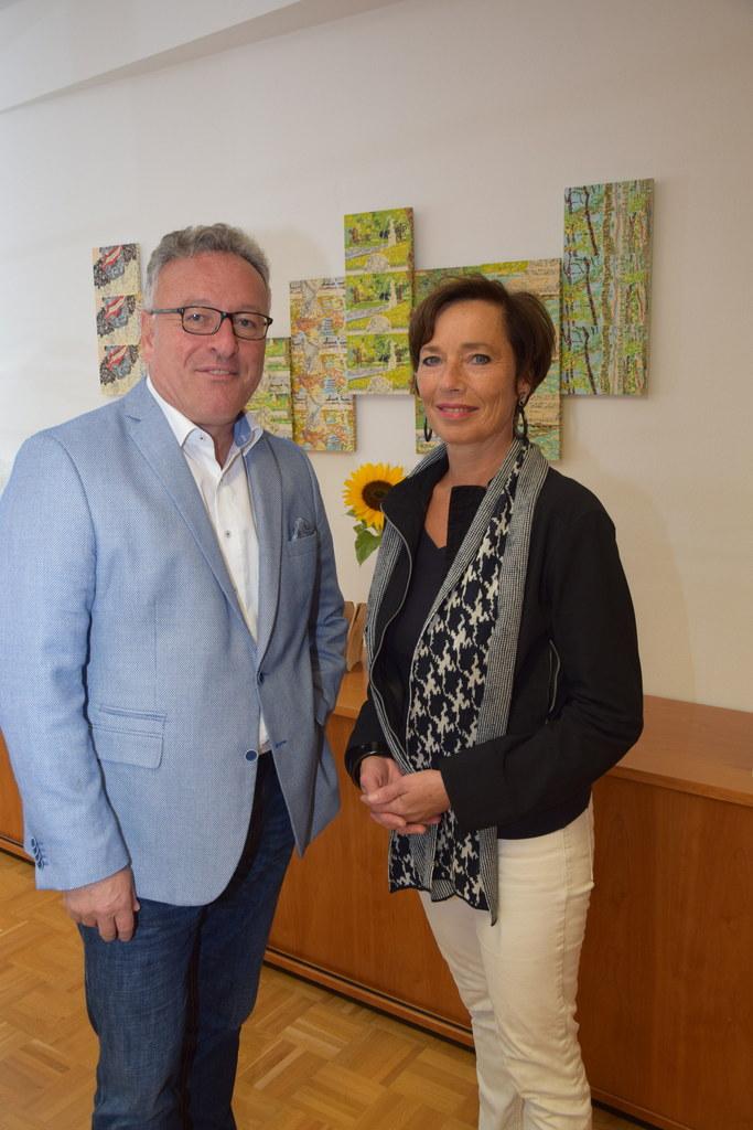 Landeshauptmann-Stellvertreter Heinrich Schellhorn gratulierte Kinder- und Jugen..