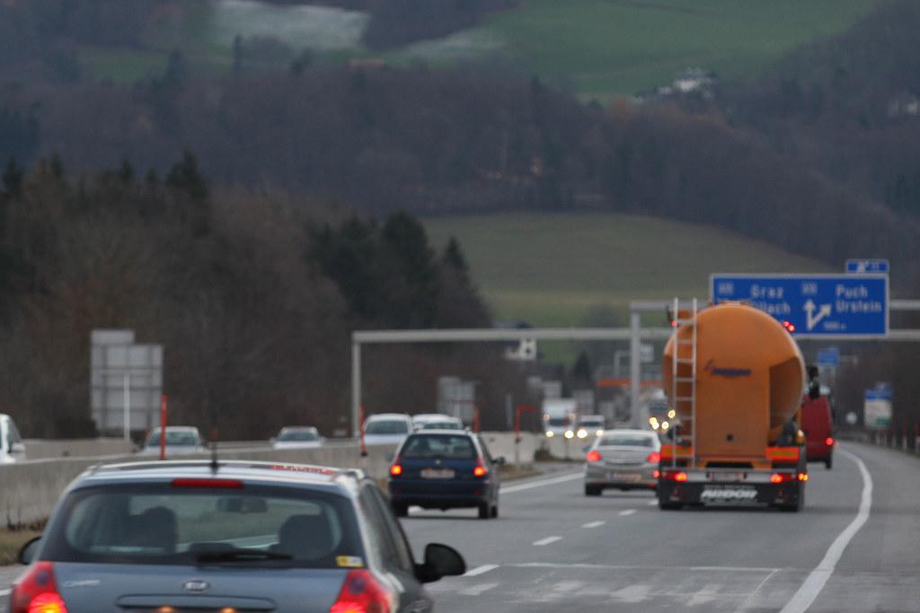 """Seit Einführung des zeitweisen """"80er"""" auf der Salzburger Stadtautobahn haben sic.."""