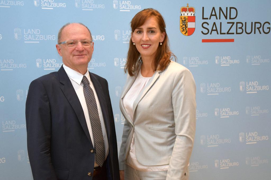 Bildungsdirektor Rudolf Mair und Landerätin Maria Hutter präsentierten die Neuig..