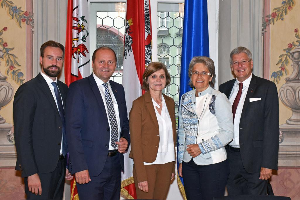 Landessportreferentenkonferenz in Innsbruck, im Bild von links: Salzburgs Landes..
