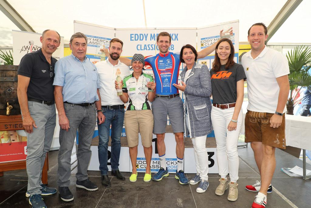 Siegerehrung bei der Eddy Merckx Classic in Fuschl, im Bild von links: Leo Bauer..