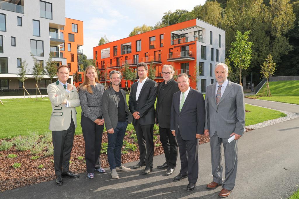 Eröffnung Quartier Riedenburg, im Bild: Architekt Gerhard Baumgartner, LR Andrea..